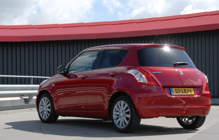 Suzuki Swift (2010 - 2017)